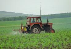 In Romania, media este de un tractor la 57 de hectare