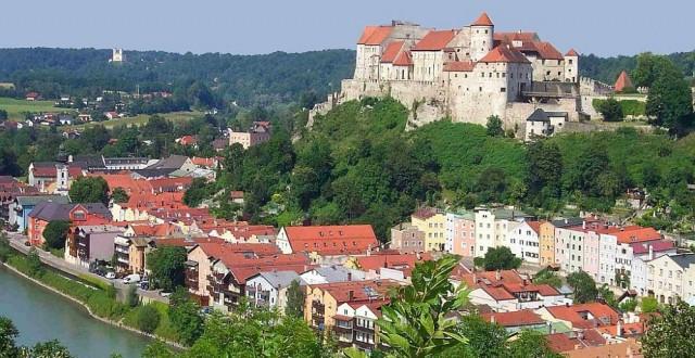Burg_zu_Burghausen Germania