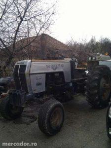 26826497_2_644x461_tractor-white-fotografii