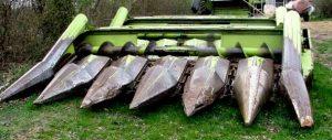 echipament-de-recoltat-porumb