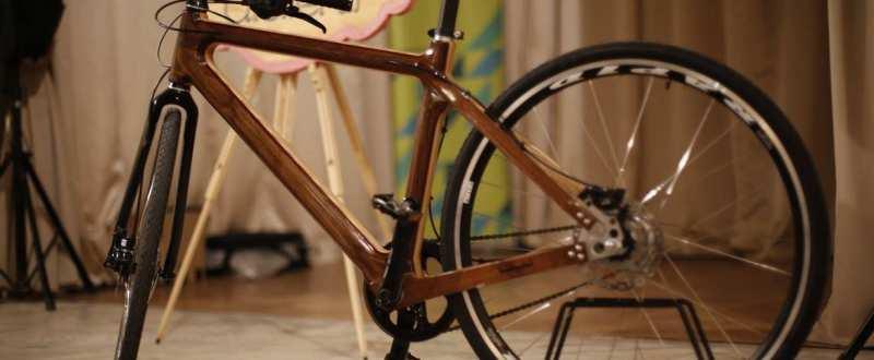 bicicleta lemn